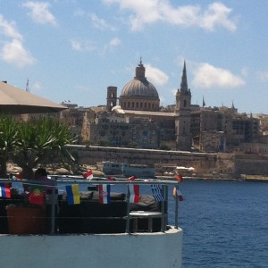 Valletta och St Paul kyrka i Malta
